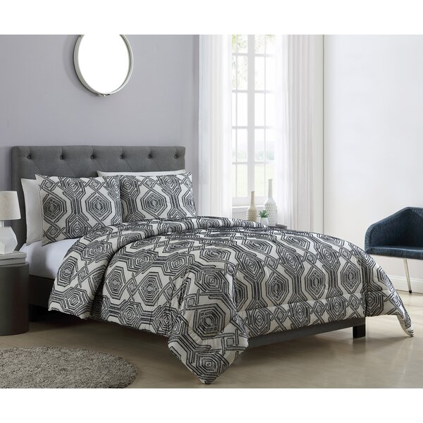 Romano Clipped Jacquard Comforter Set by Union Rustic