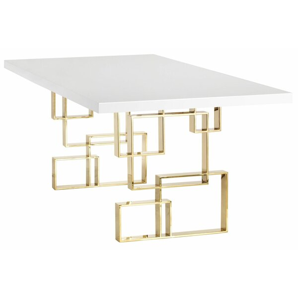 Maria Dining Table by Lievo