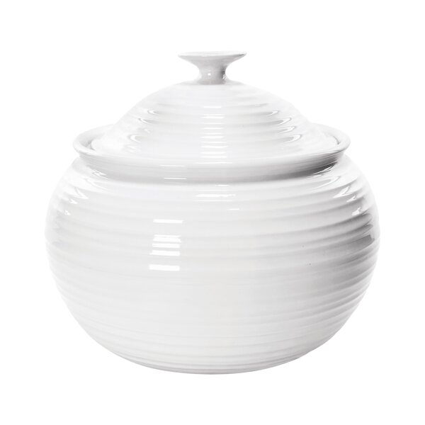 Sophie Conran White Round Casserole by Portmeirion