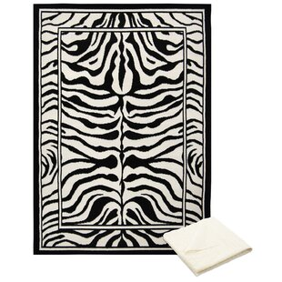 Best Barlow Black/White Area Rug with Rug Pad By Bloomsbury Market