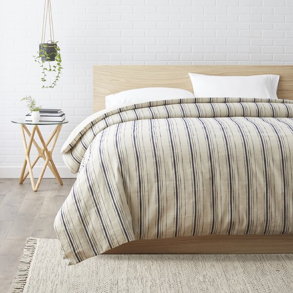 Bertrand Duvet Cover by Darby Home Co