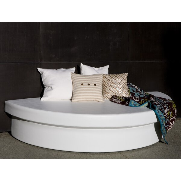 Demi-Lune Outdoor Platform Bed by La-Fete