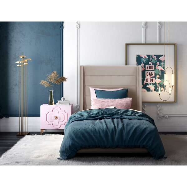Mariann Upholstered Platform Bed by Everly Quinn