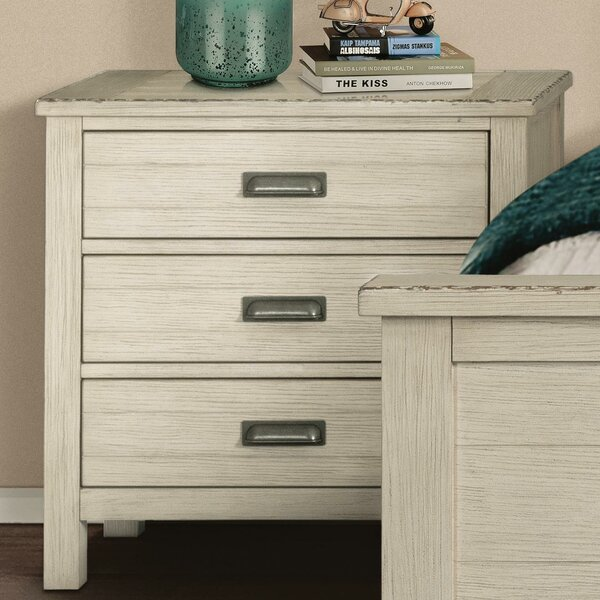 Conklin 3 Drawer Nightstand by Rosecliff Heights