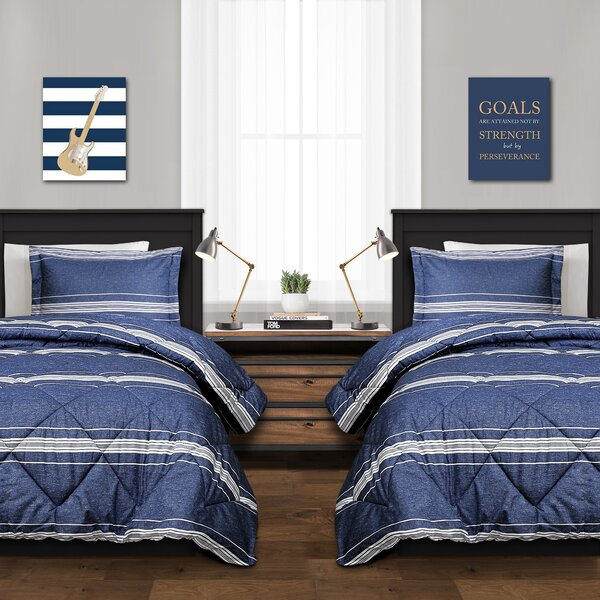 Carlisa Stripe Reversible Duvet Set by Winston Porter
