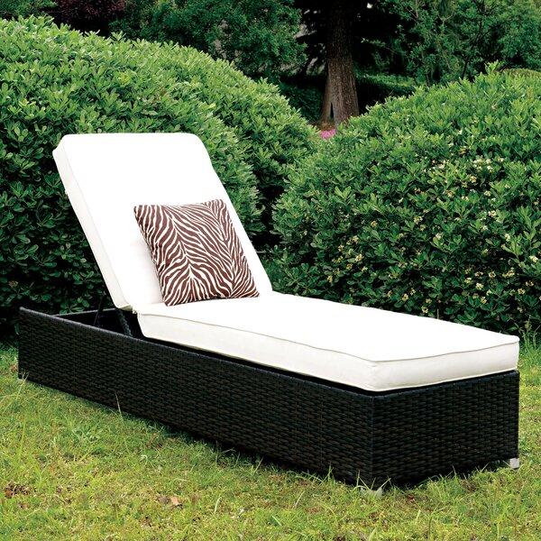 Lindell Chaise Lounge with Cushion by Brayden Studio Brayden Studio