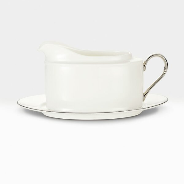 Maestro 16 oz. Gravy Boat with Tray by Noritake