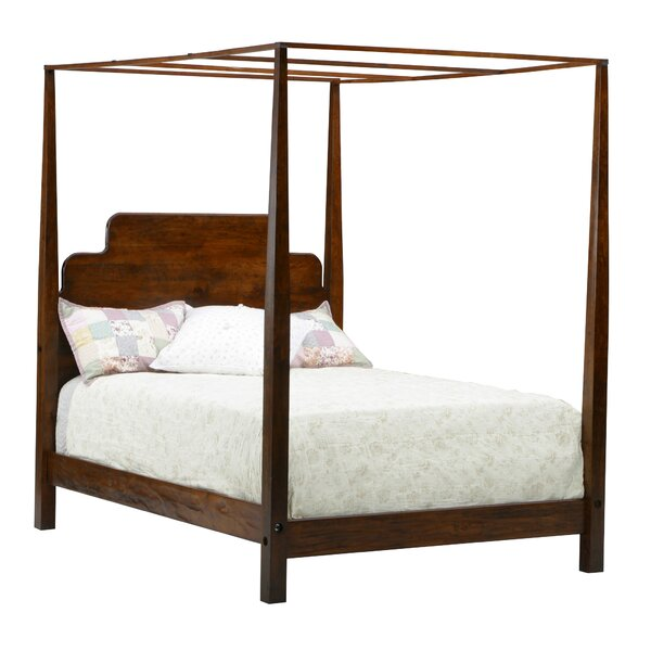 Stair-Step Pencil Queen Canopy Bed by MacKenzie-Dow