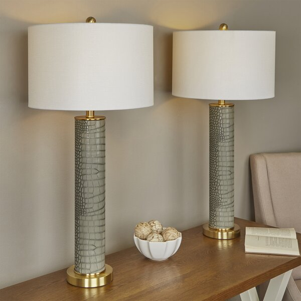 Moira Modern 32.5 Table Lamp (Set of 2) by Willa Arlo Interiors