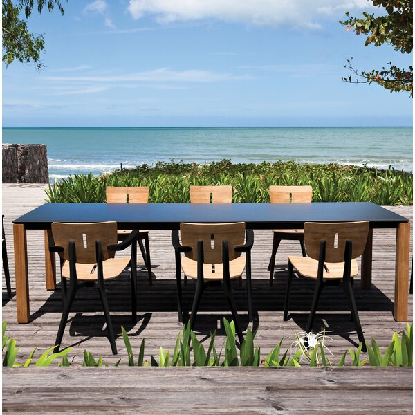 Machar  Dining Table by OASIQ