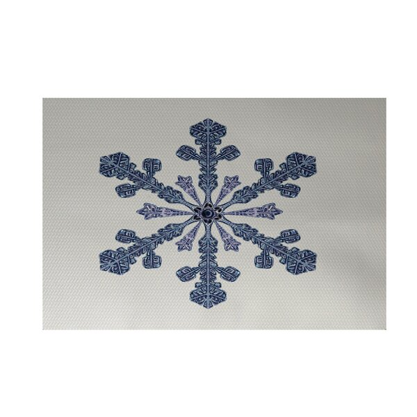Vail Decorative Holiday Print Ivory Cream Indoor/Outdoor Area Rug by The Holiday Aisle