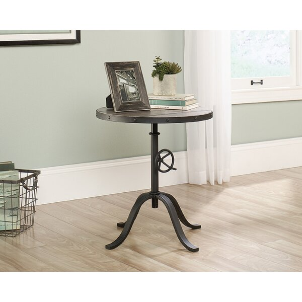 Manahan End Table By 17 Stories