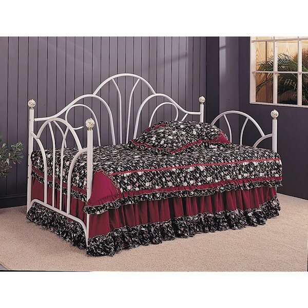 Cori Metal Fan Back Twin Daybed by Fleur De Lis Li