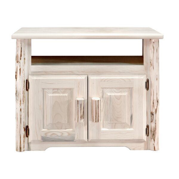 Tustin Kitchen Island by Loon Peak