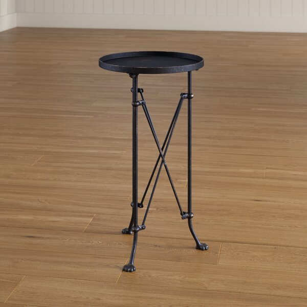 Review Wachter  End Table