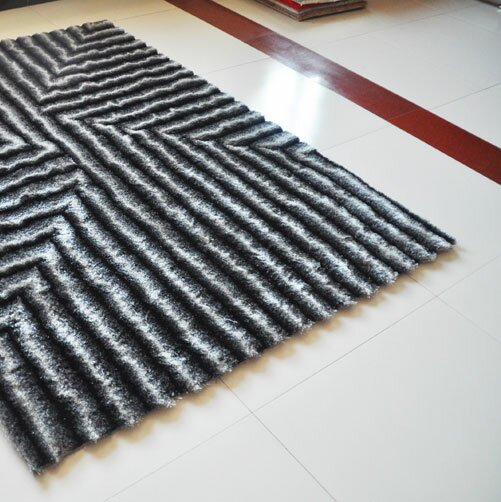 Gray Area Rug by Rug Tycoon