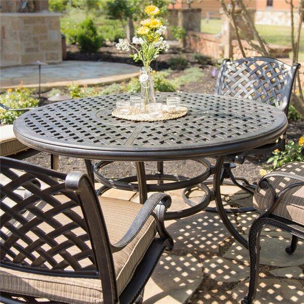 Salia Metal Dining Table by Fleur De Lis Living Fleur De Lis Living