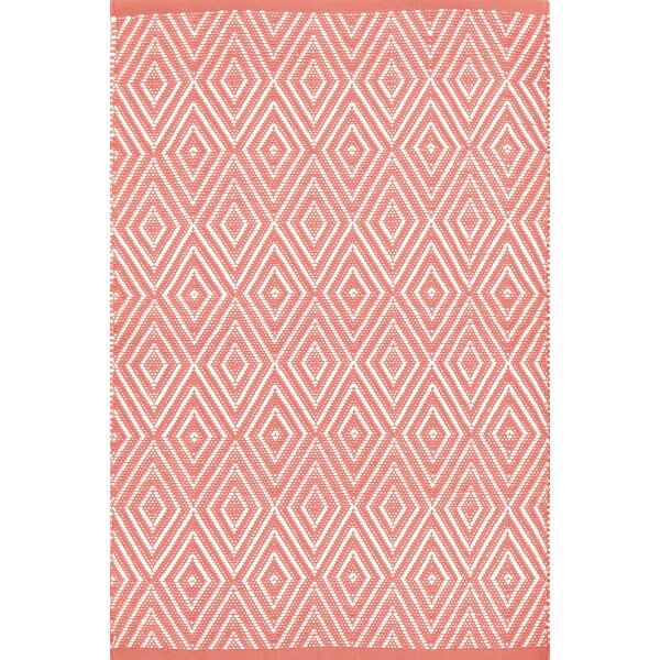 Diamond Hand-Woven Pink/White Indoor/Outdoor Area Rug by Dash and Albert Rugs