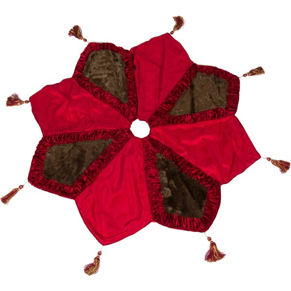 Noel Star Tree Skirt by The Holiday Aisle