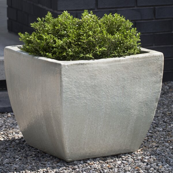 Lorimar 3-Piece Pot Planter Set by Campania International