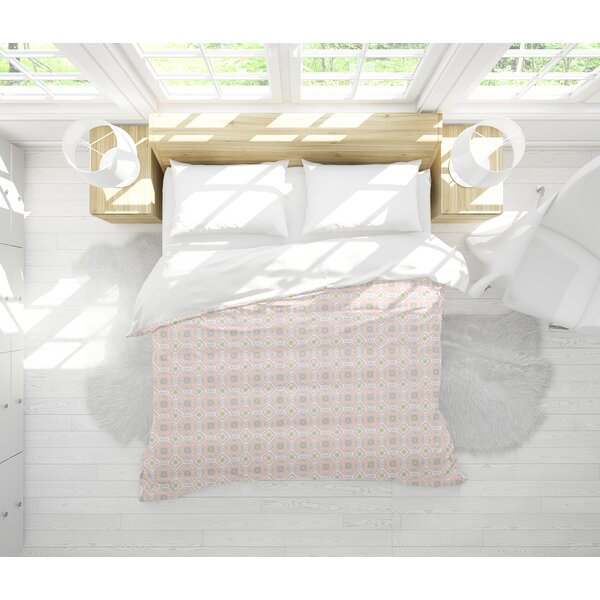 Pitchford Lightweight Comforter Set