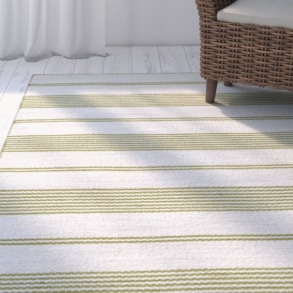 Alicea Hand-Woven Green Area Rug by Three Posts