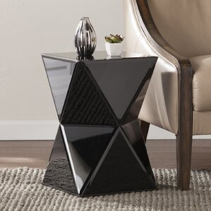 Mackenzie Mirrored End Table in Black by Wil..
