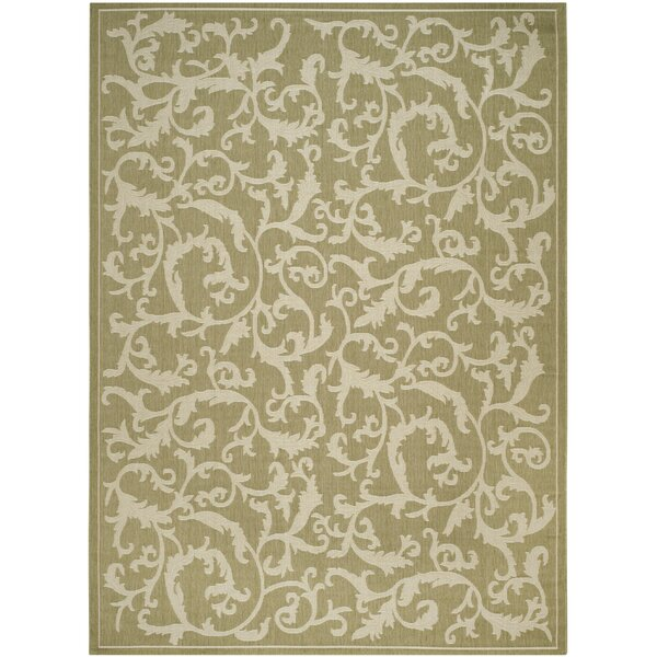 Short Indoor/Outdoor Area Rug in Olive/Natural by Winston Porter