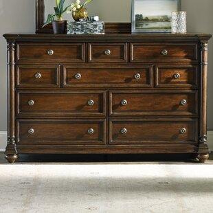 Leesburg 10 Drawer Dresser ByHooker Furniture