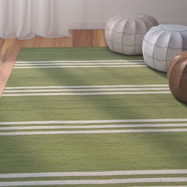 Dreadnought Hand-Hooked Lime Indoor/Outdoor Area Rug by Breakwater Bay