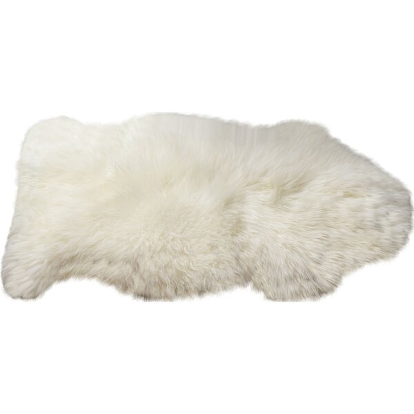 Handmade Shag Sheepskin Ivory Area Rug by Super Area Rugs