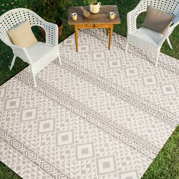 Hauge Ivory/Silver Indoor/Outdoor Area Rug