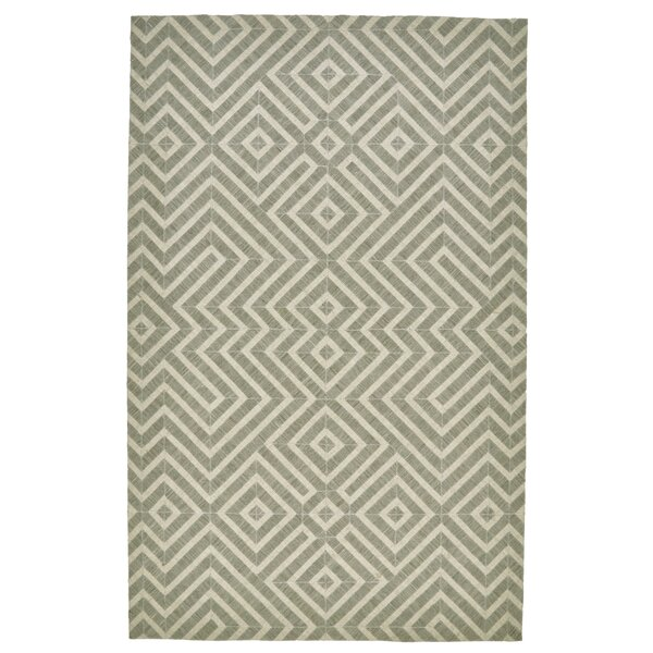 Cabrillo Hand-Knotted Gray/Ivory Area Rug by Ivy Bronx