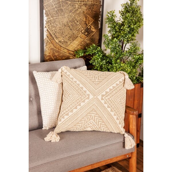 Goodspeed Rustic Pillow Cover by Bungalow Rose