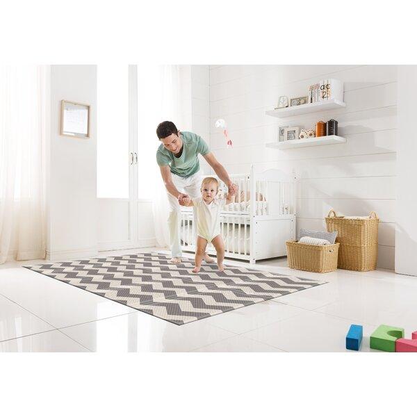 Zig Zag Portable Folding Floor Mat By Parklon.