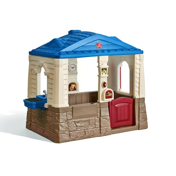 Neat and Tidy Cottage Playhouse by Step2