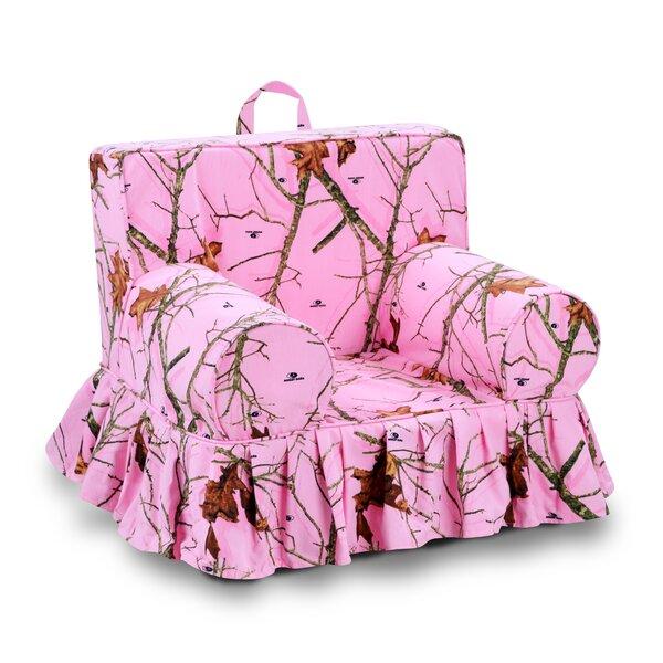 Lifestyle Skirted Grab-n-Go Kids Foam Chair by Mossy Oak Nativ Living