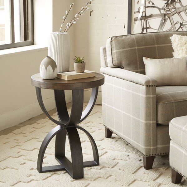 Alasdair End Table by Gracie Oaks