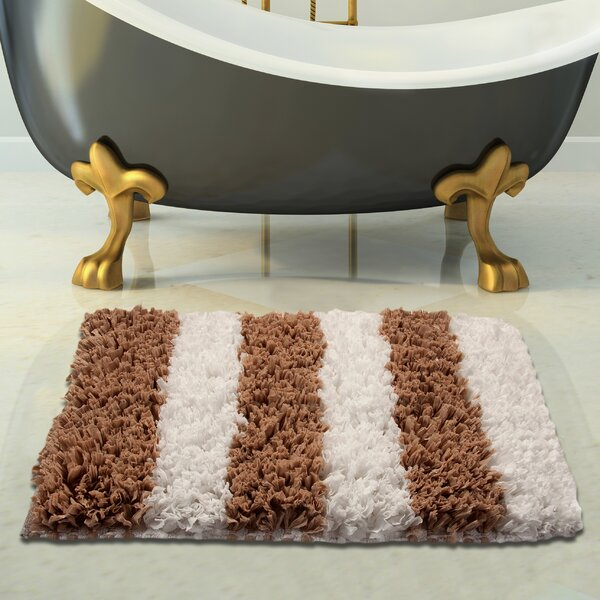 Handloom Woven Bath Rug by Saffron Fabs