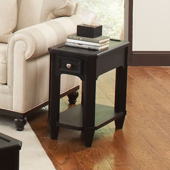 Yancy Chairside Table by Darby Home Co
