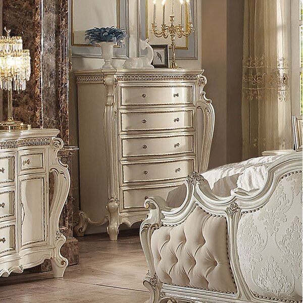 Curcio 5 Drawer Chest by Astoria Grand