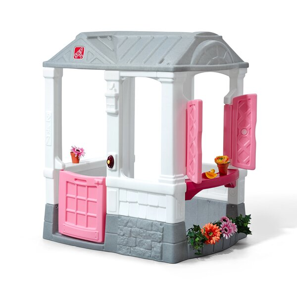 Courtyard Cottage Playhouse by Step2
