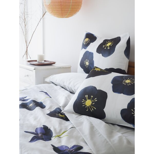 Hellebore on Snow Single Duvet Cover