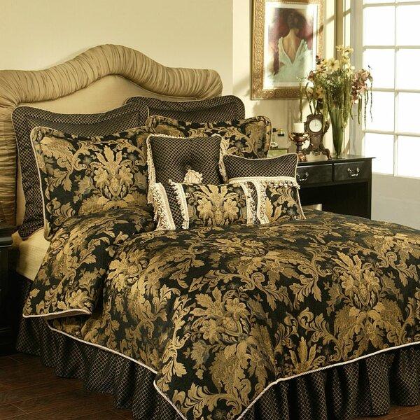 Karol 4 Piece Comforter Set