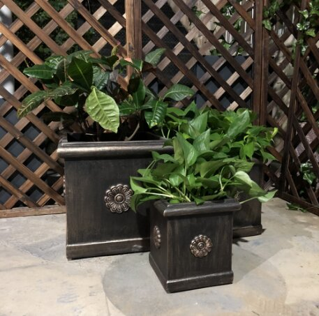 Eoin Unique Flower Pattern Square 3-Piece Concrete Pot Planter Set by August Grove