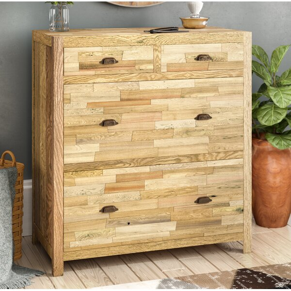Cian 4 Drawer Console Chest by Loon Peak