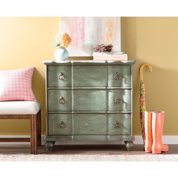 Miquelon Scroll 3 Drawer Accent chest by Lark Manor Lark Manor