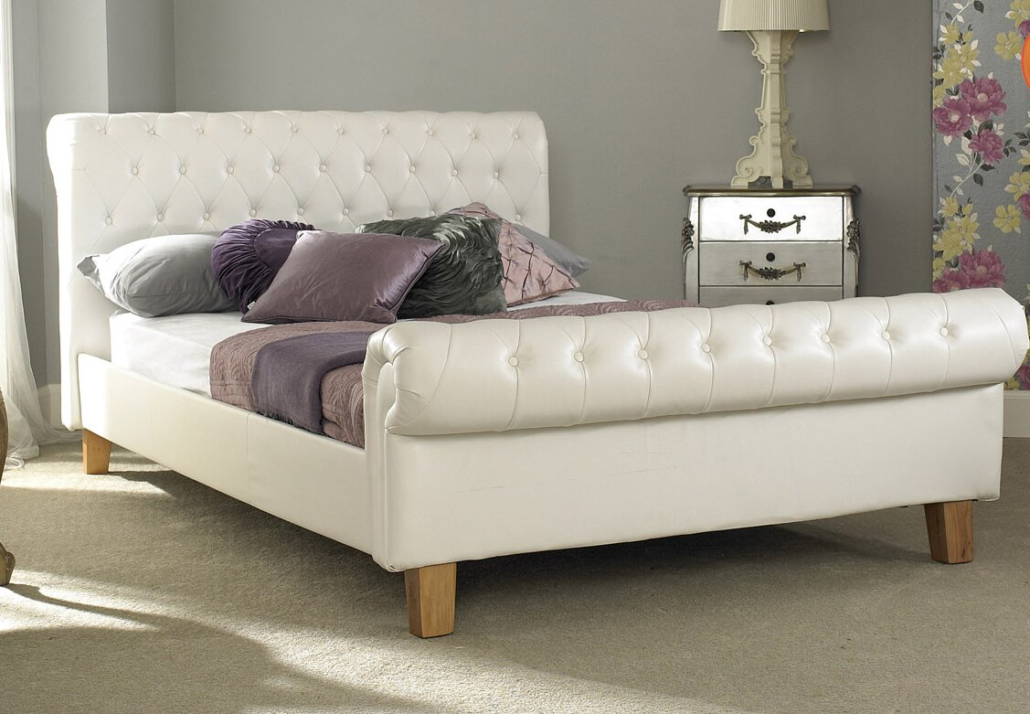Hartlepool Upholstered Sleigh Bed