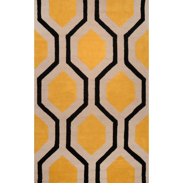 Varanas Hand-Tufted Wool Yellow/Black Area Rug by nuLOOM