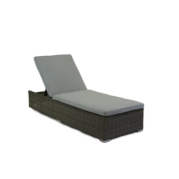 Greendale Chaise Lounge with Cushion by Breakwater Bay